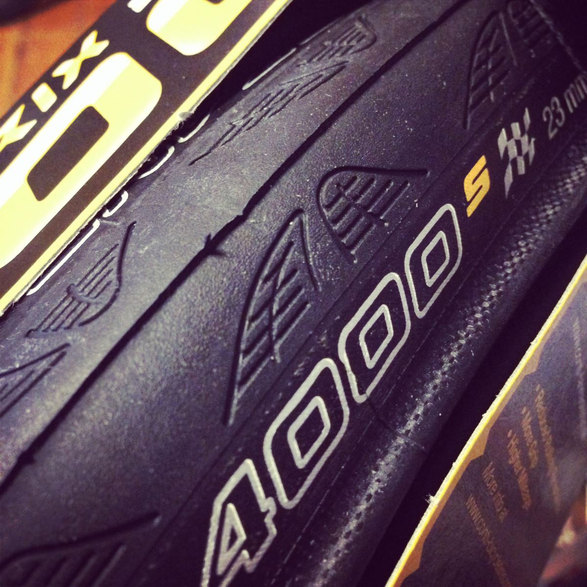 Continental GP4000sII tyre